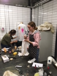 Dyeing class 4